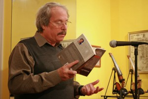 Sandy McIntosh reads from Ernesta
